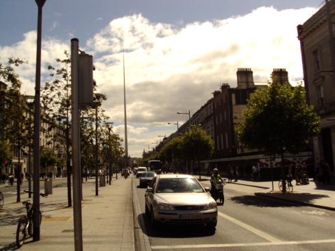 Spire principal avenida de Dublin