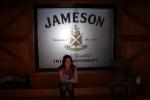 Eu no tour da destilaria do uísque Jameson