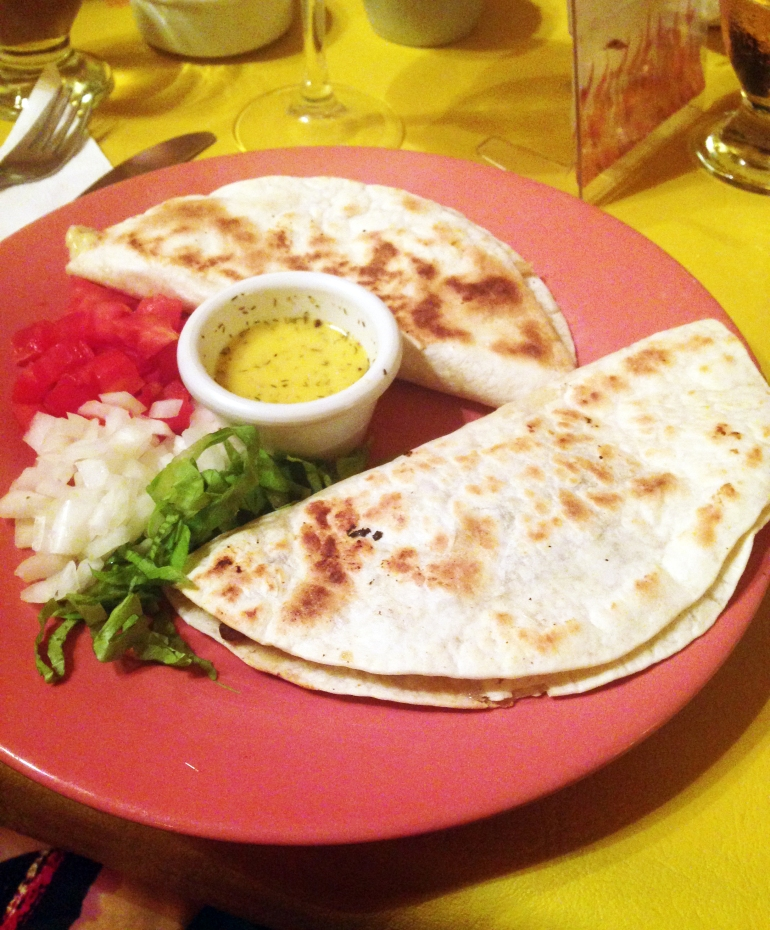 Quesadillas no Mole Tacos